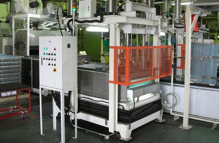 condenser-leak-test-machine